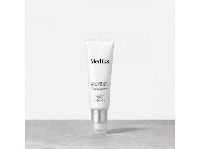 Medik8 ADVANCED DAY TOTAL PROTECT (50 ml) Revitalizačný denný krém